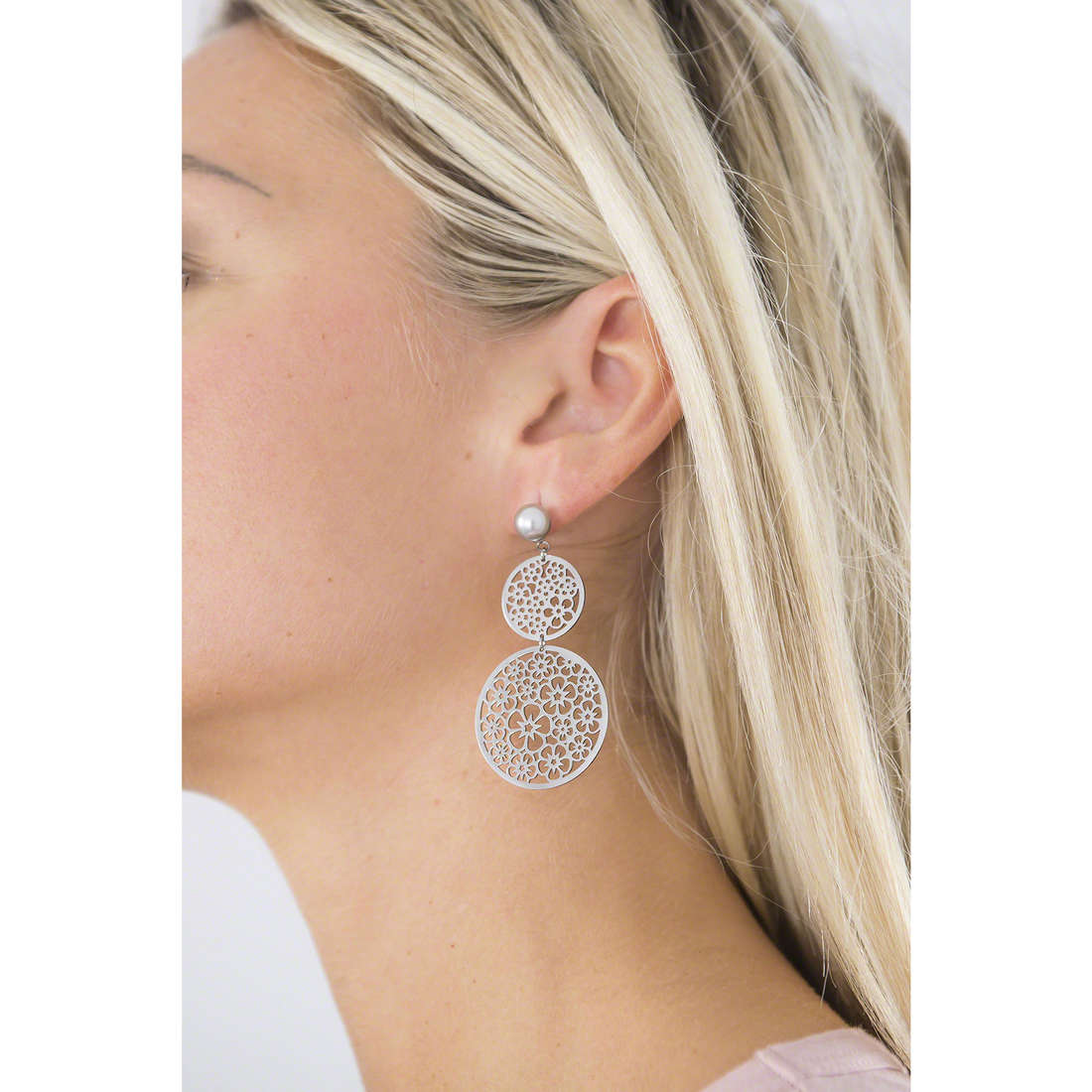 Brosway earrings Mademoiselle woman BIS22 indosso