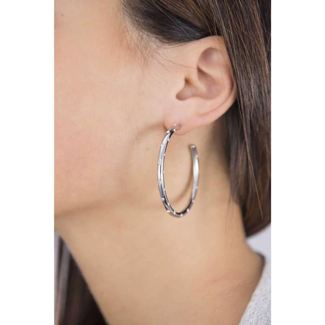 Brosway earrings Romeo & Juliet woman BRJ31 indosso