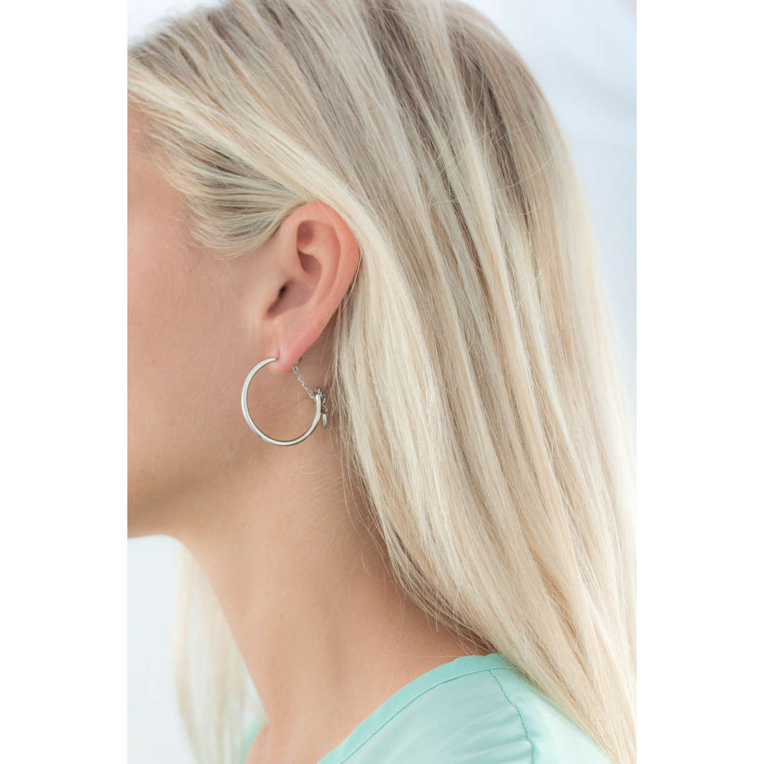Brosway earrings Tres Jolie Mini woman BTJM136 indosso