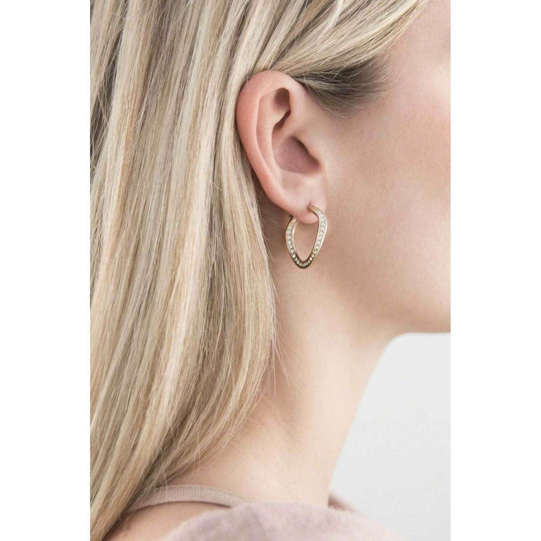 Fossil earrings Holiday 14 woman JF01611710 indosso