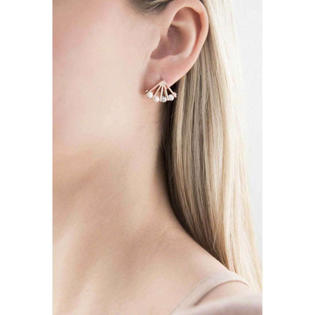 Fossil earrings Spring 16 woman JA6772791 indosso
