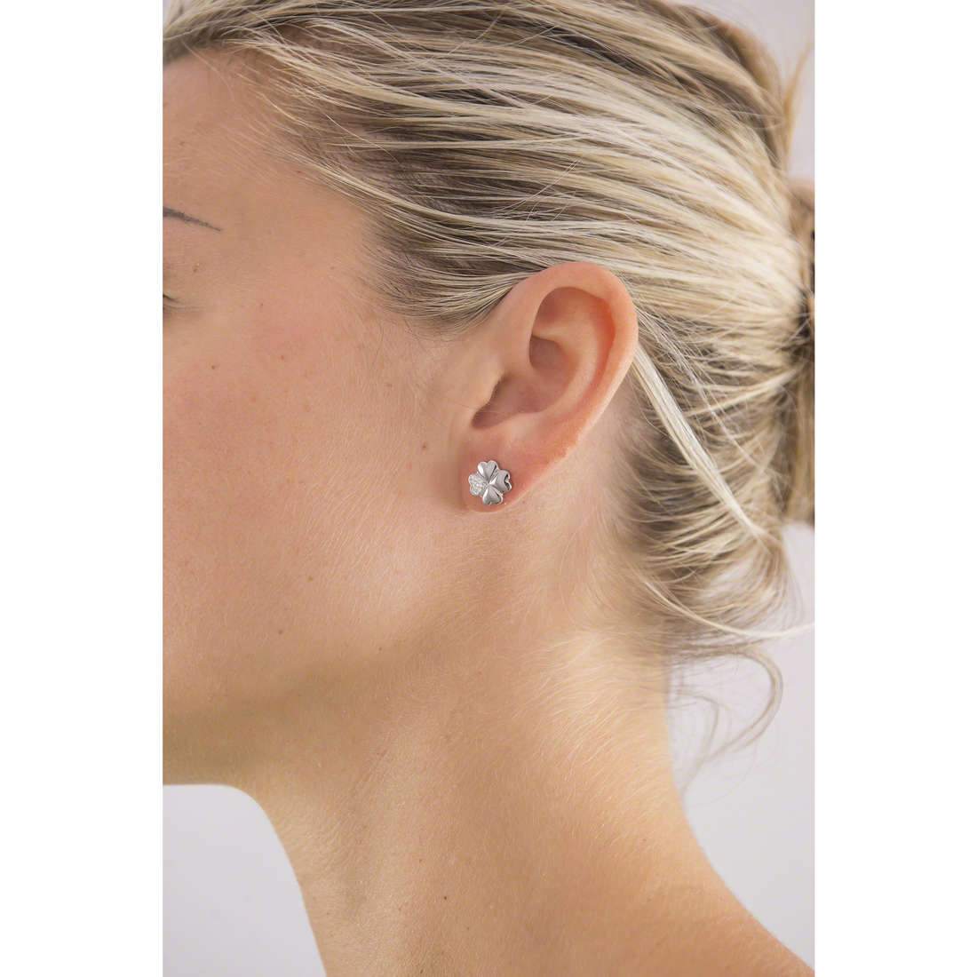 Luca Barra earrings woman LBOK699 indosso