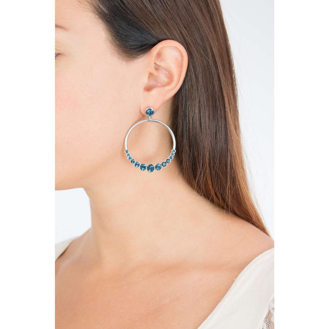 Luca Barra earrings Thelma woman LBOK738 photo wearing
