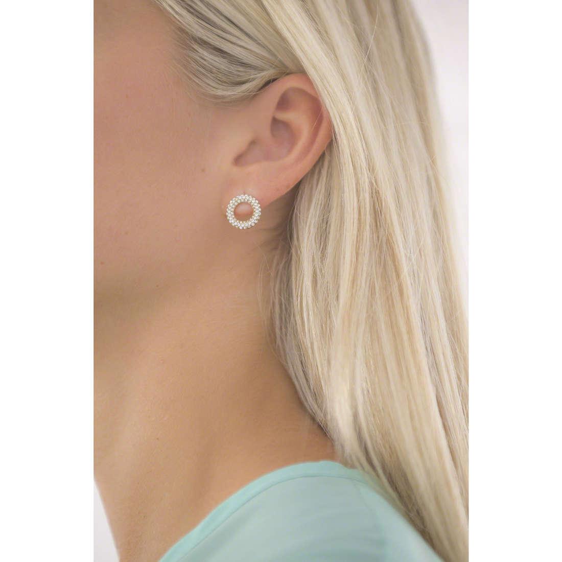 Michael Kors earrings woman MKJ5842710 indosso