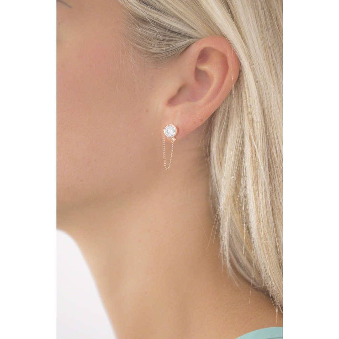 Michael Kors earrings woman MKJ5848791 indosso