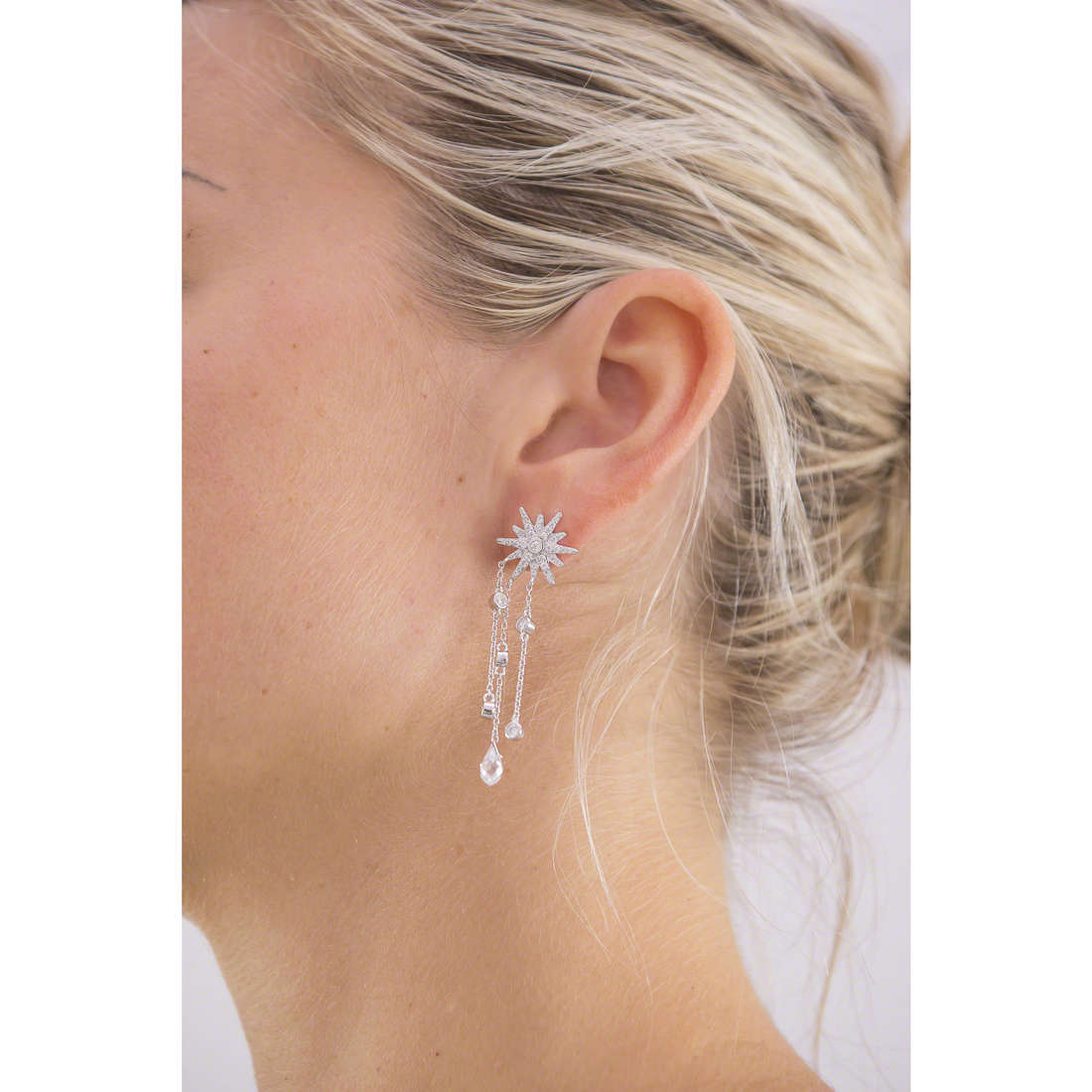 Morellato earrings Pura woman SAHK14 indosso