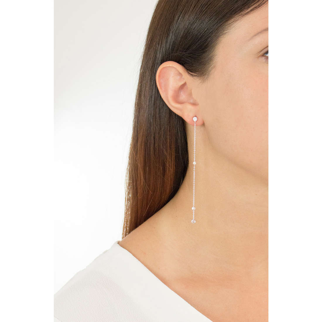 Nomination earrings Bella woman 142663/010 indosso