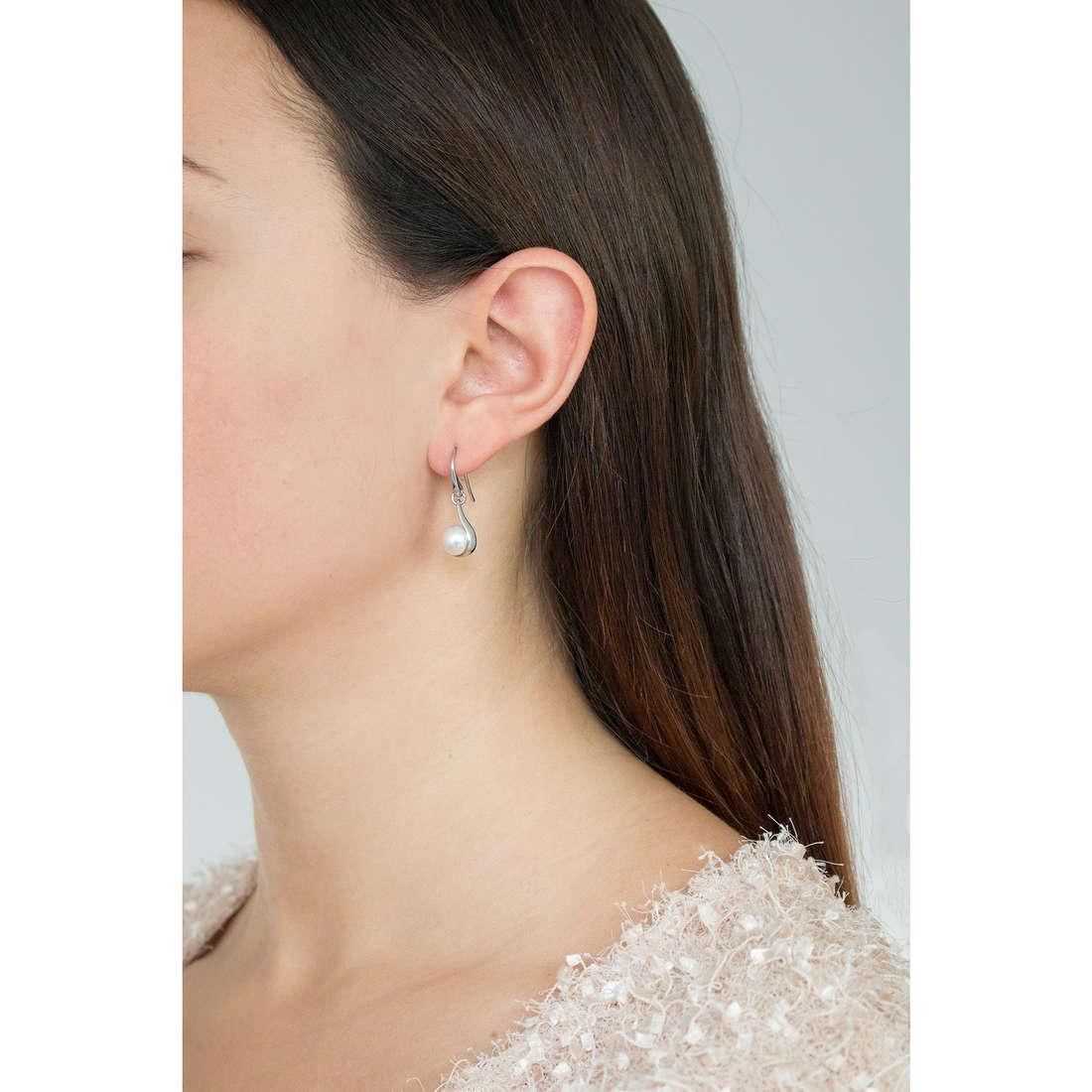 Skagen earrings Spring 2013 woman SKJ0090040 photo wearing