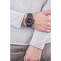 montre chronographe homme Casio G-SHOCK GD-100-1BER