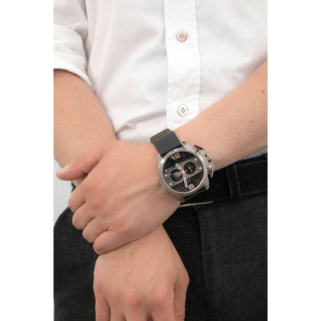 Diesel chronographes Ironside homme DZ4386 photo wearing