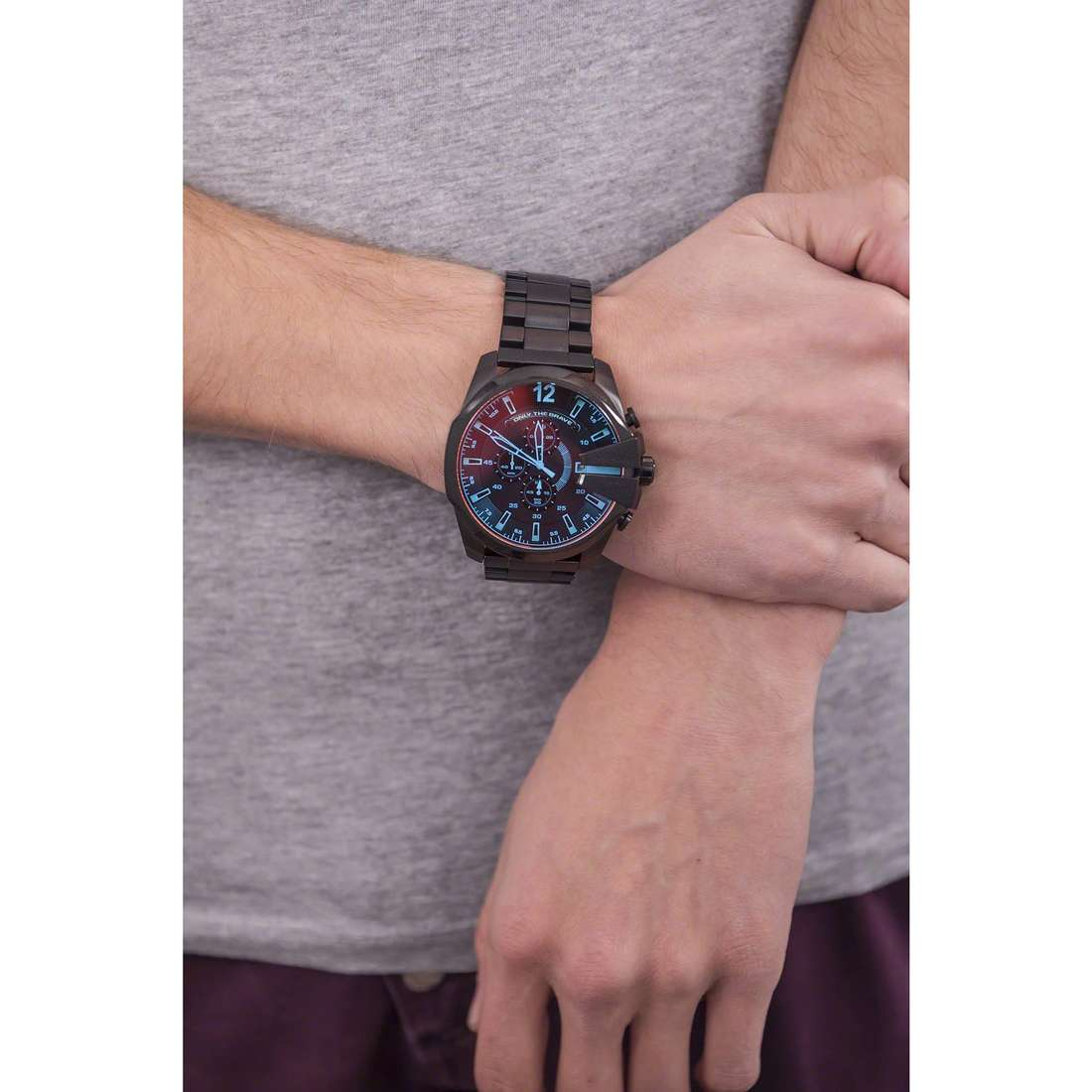Diesel chronographes Mega Chief homme DZ4318 photo wearing