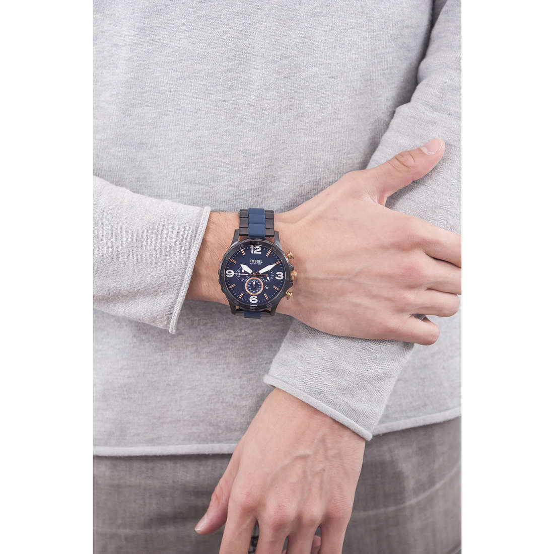 Fossil chronographes Nate homme JR1494 indosso