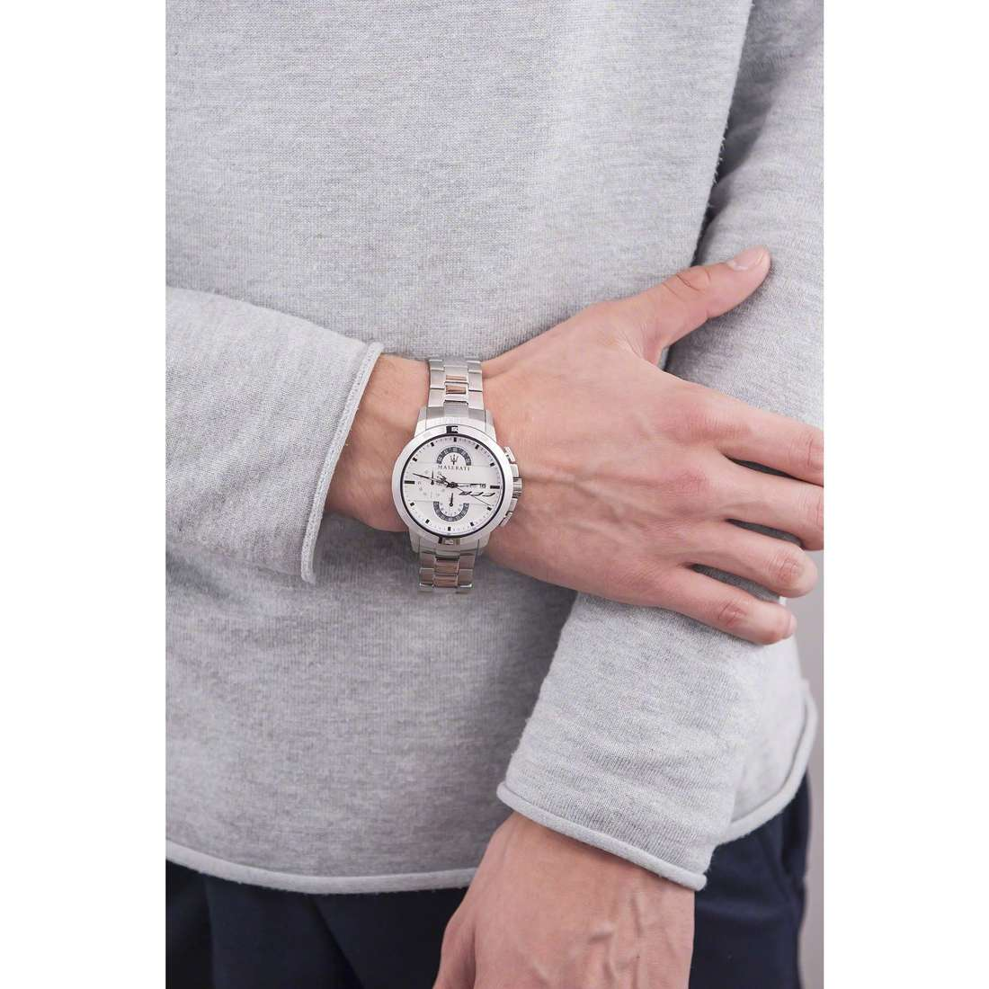Maserati chronographes Ingegno homme R8873619004 indosso
