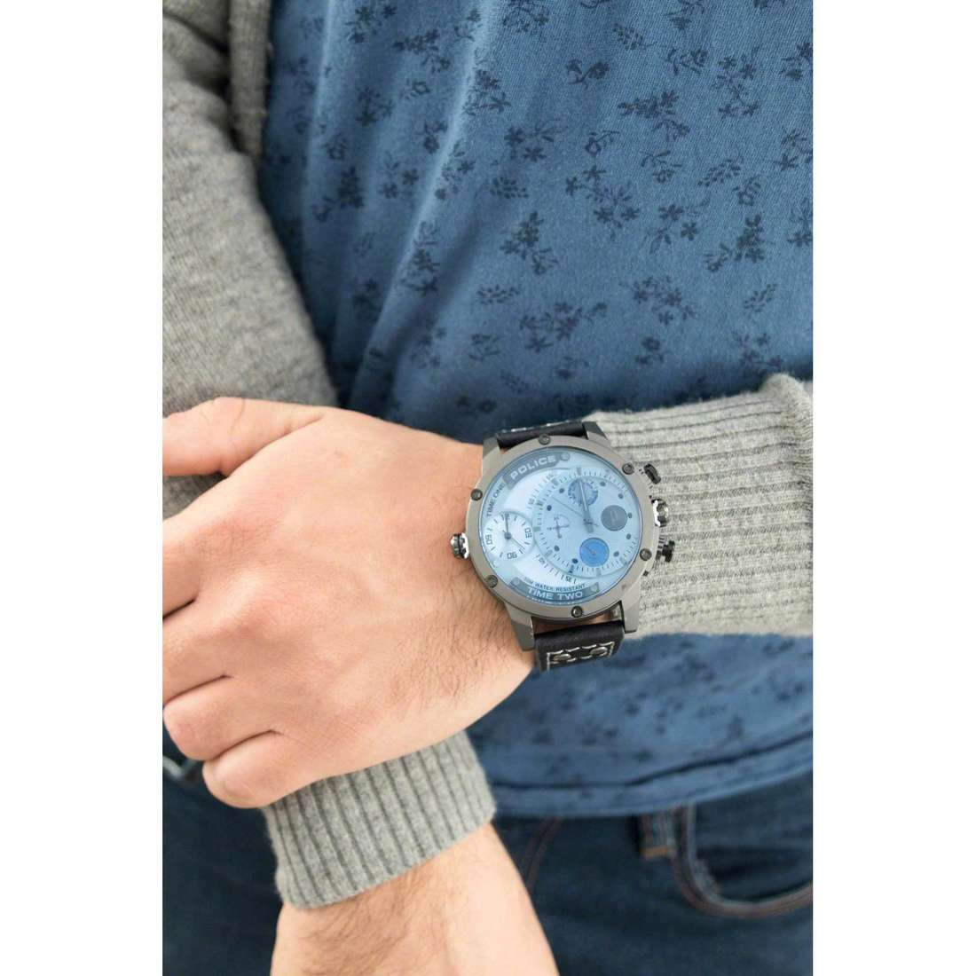 Police dual time Adder homme R1451253003 indosso