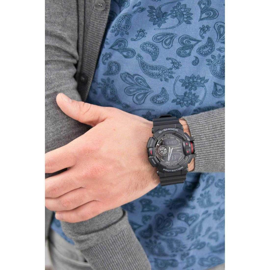 Casio numériques G-Shock homme GA-400-1BER indosso