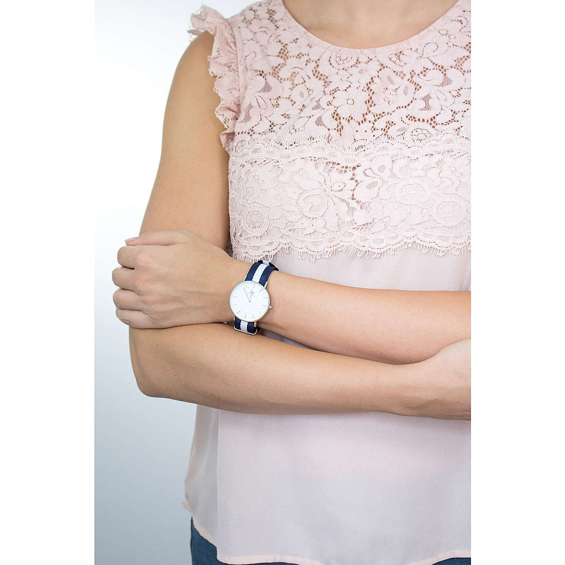 Daniel Wellington seul le temps Classic femme DW00100047 photo wearing