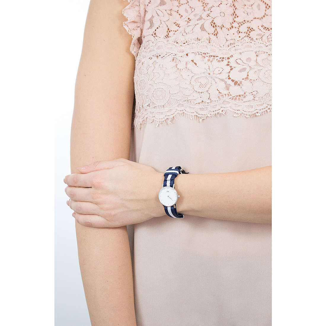 Daniel Wellington seul le temps Classy femme DW00100074 photo wearing