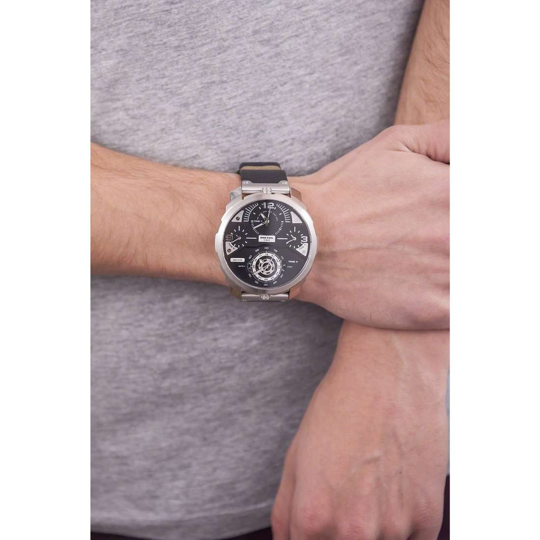 Diesel seul le temps Machinus homme DZ7379 indosso