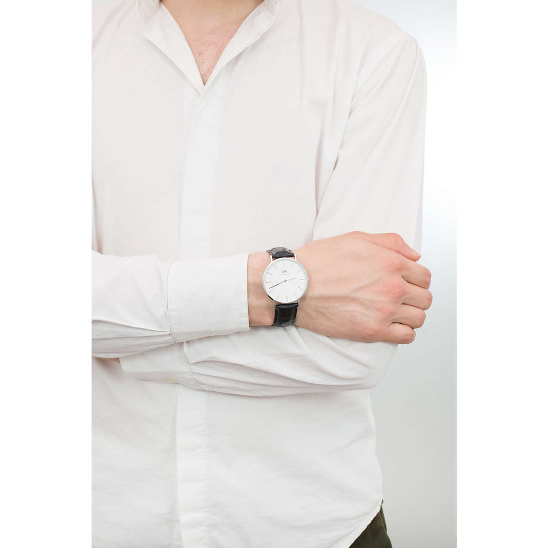 Daniel Wellington seul le temps Classic Reading homme DW00100028 photo wearing