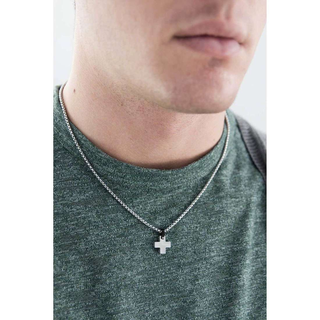 Brosway necklaces Sign man BGN01 indosso