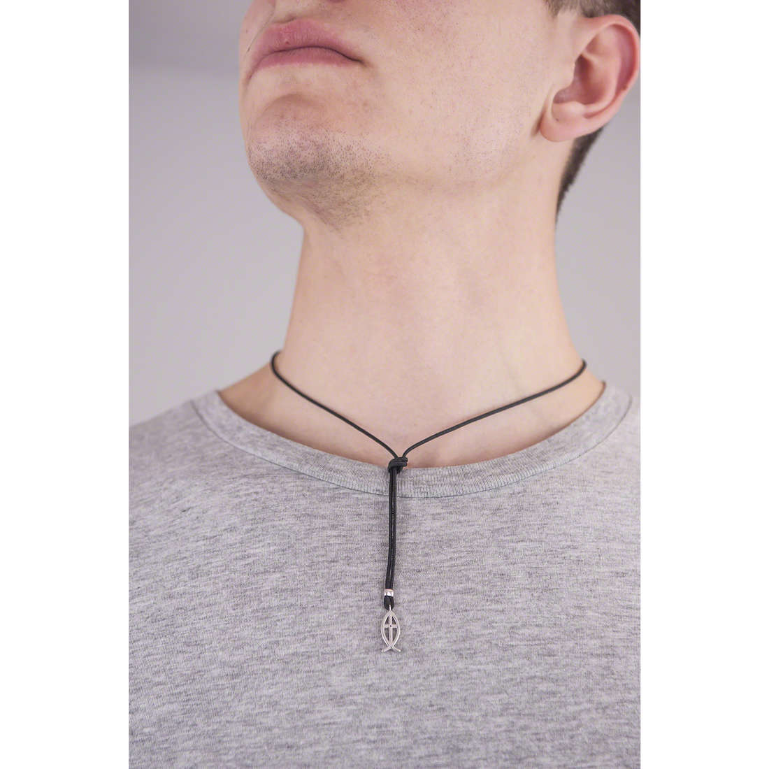 Comete necklaces Holy man UGL 494 photo wearing