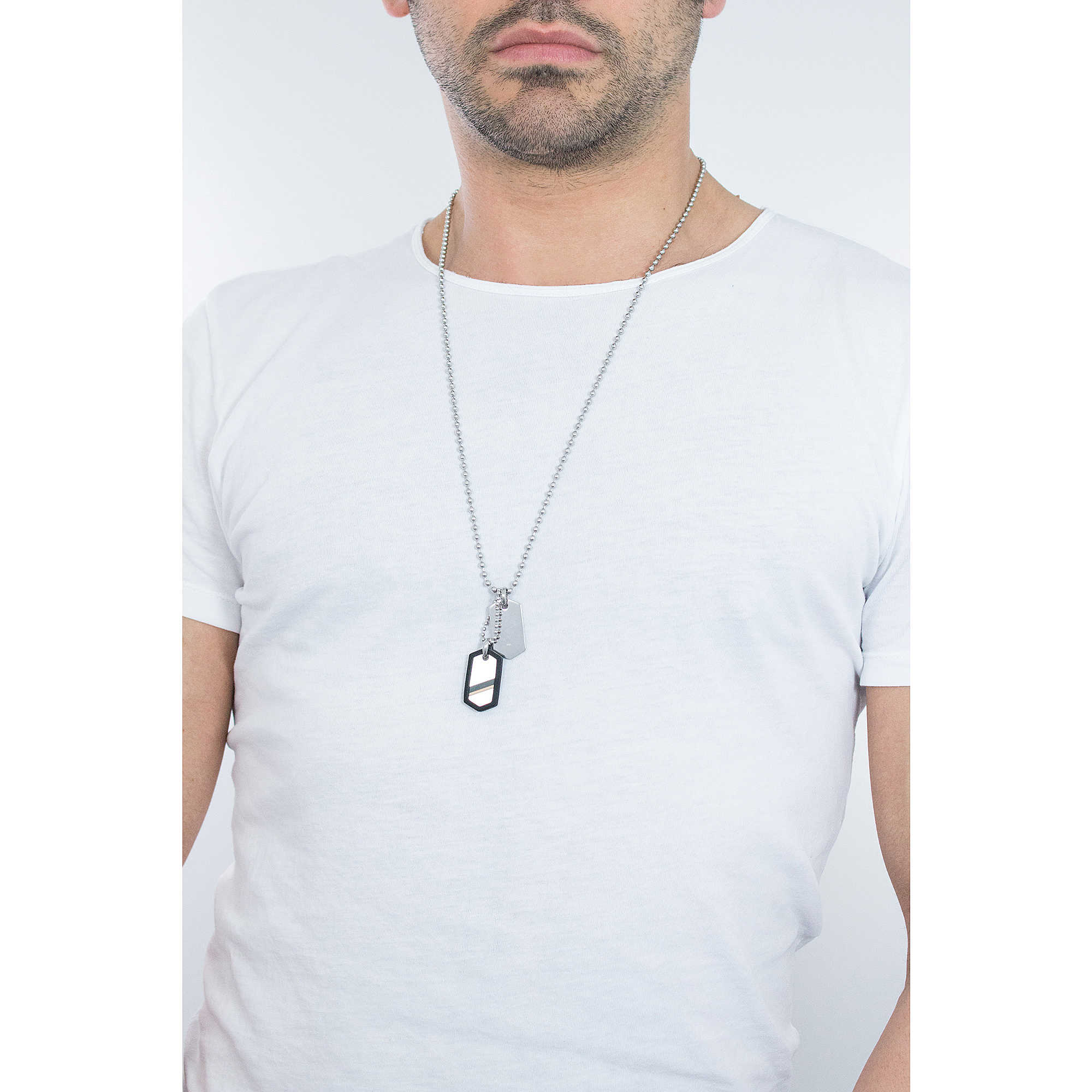 Fossil Jewelry T And Bq1444 Silver Necklace Man Jewellery Mens Dress Jf02824040 Zoom Necklaces Photo Wearing
