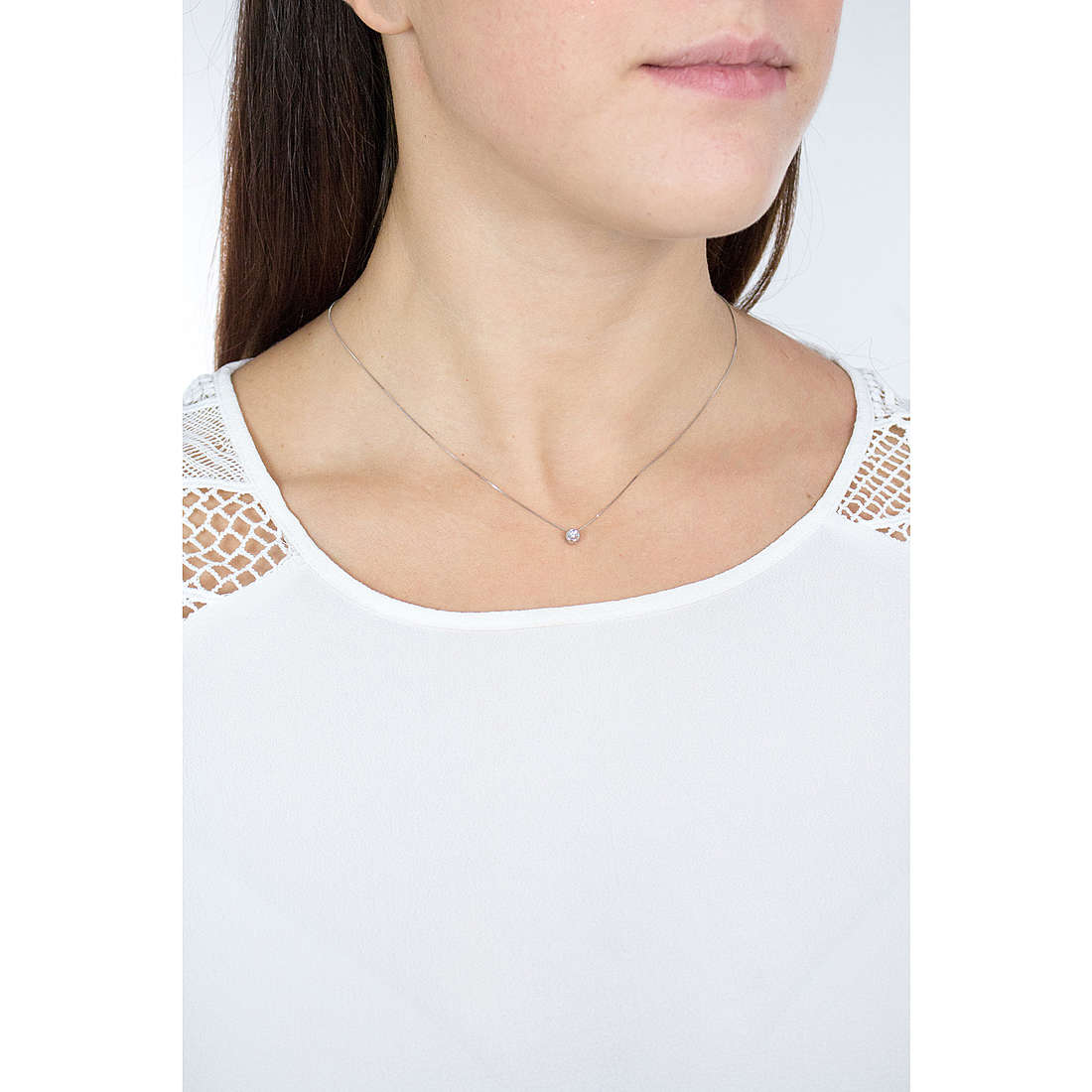 Comete necklaces Easy Basic woman GLB 900 indosso