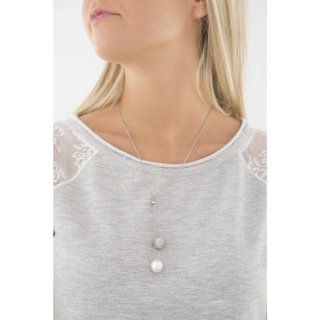 Emporio Armani necklaces woman EGS2235040 indosso