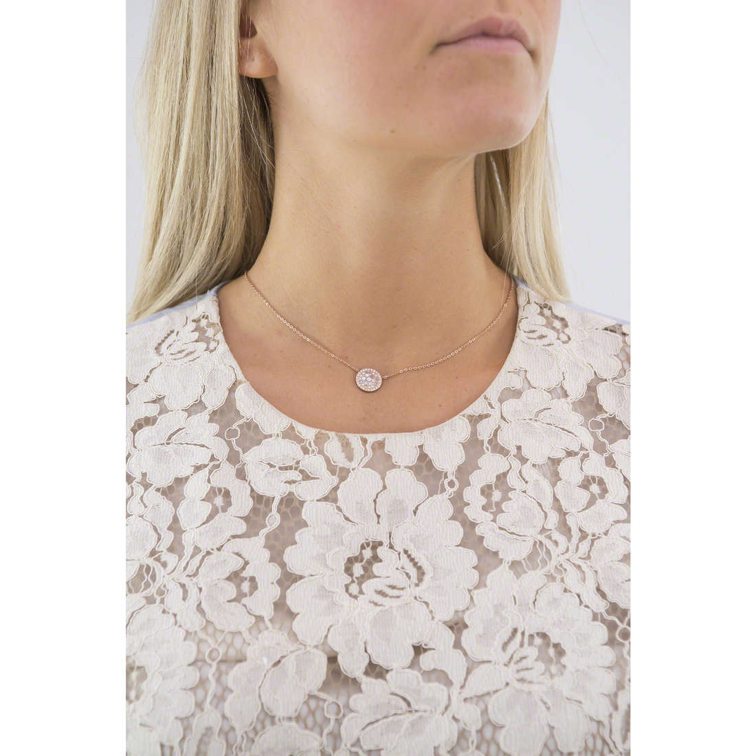 Fossil necklaces Spring 15 woman JF01740791 indosso