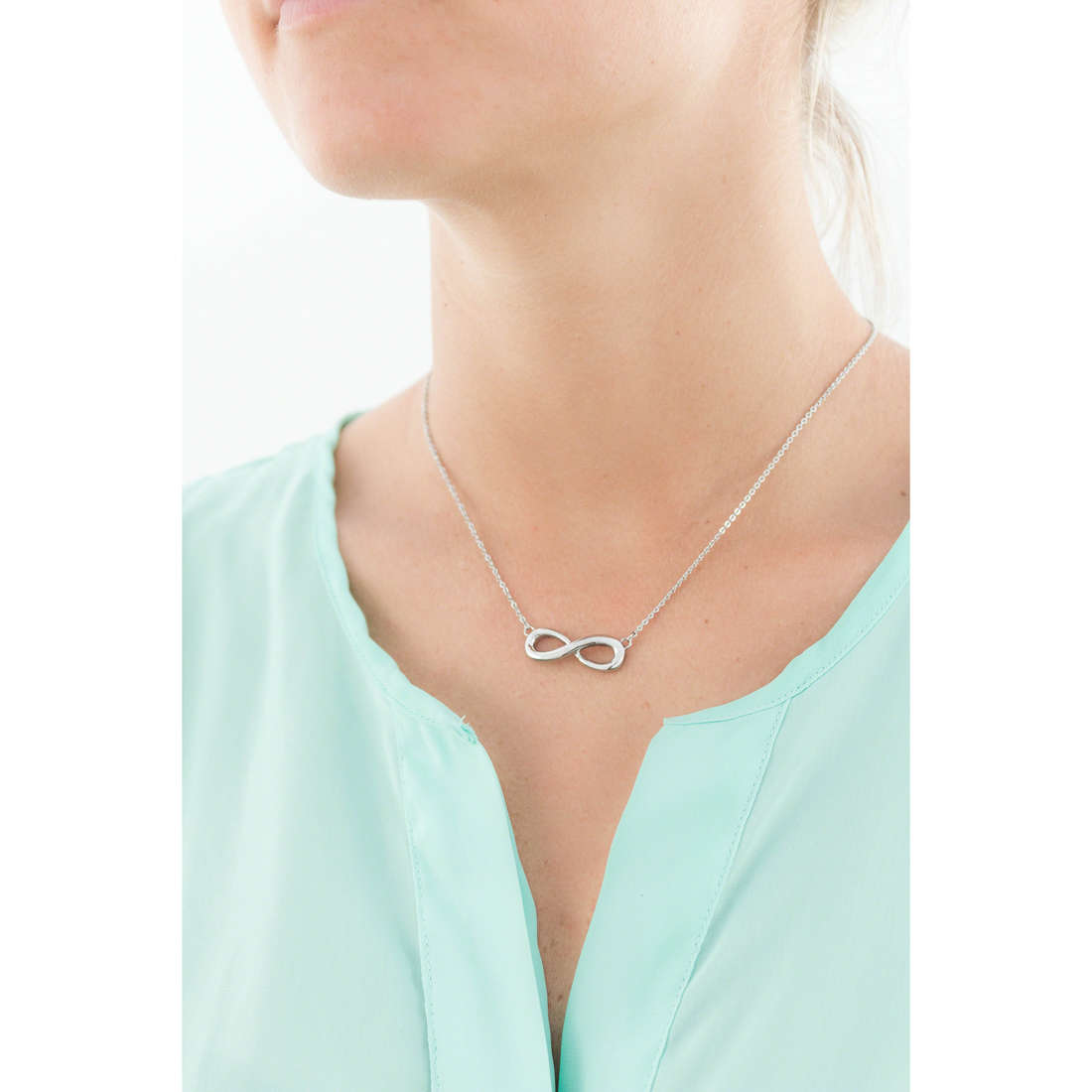 Luca Barra necklaces woman LBCK601 photo wearing