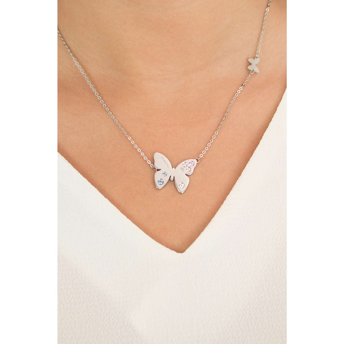 Nomination necklaces Butterfly woman 021320/005 photo wearing