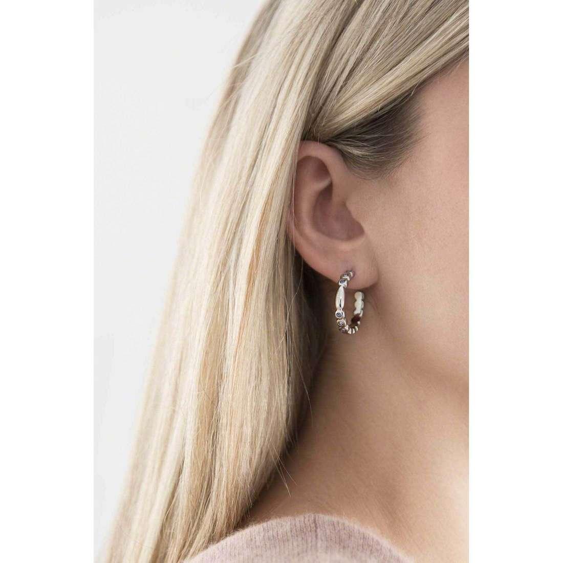 Breil orecchini Rolling Diamonds donna TJ1572 indosso