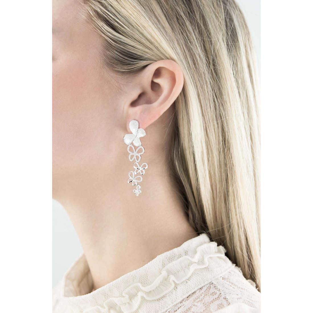 Comete orecchini Farfalle donna ORA 103 indosso