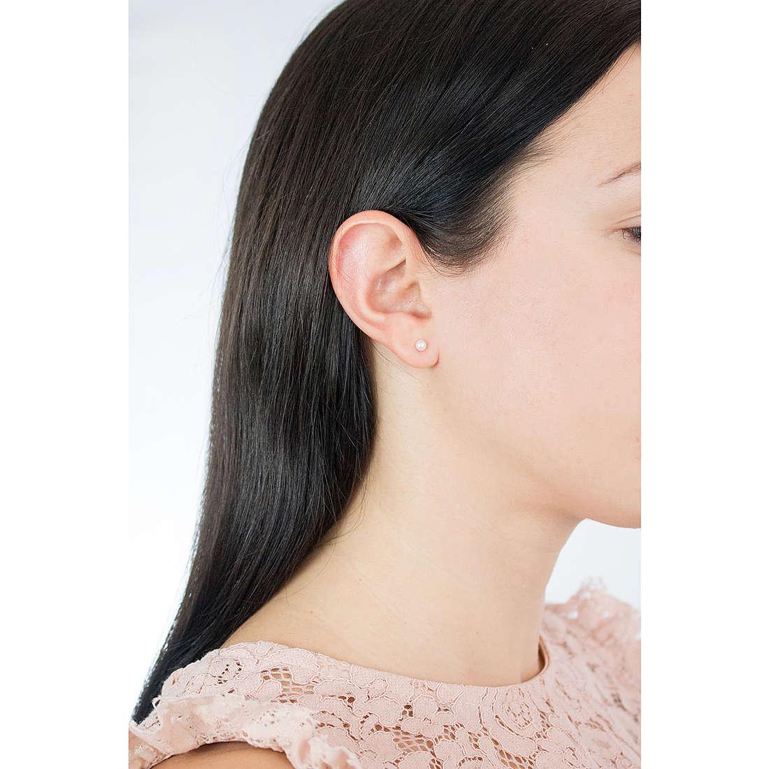 Comete orecchini Easy Basic donna ORP 555 indosso