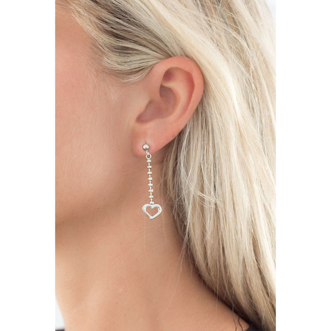 GioiaPura orecchini donna GPSRSOR0820 indosso