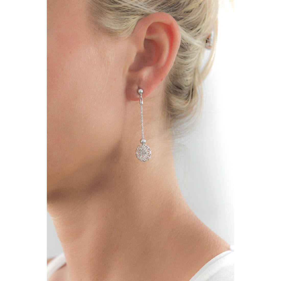 GioiaPura orecchini donna GPSRSOR0947 indosso