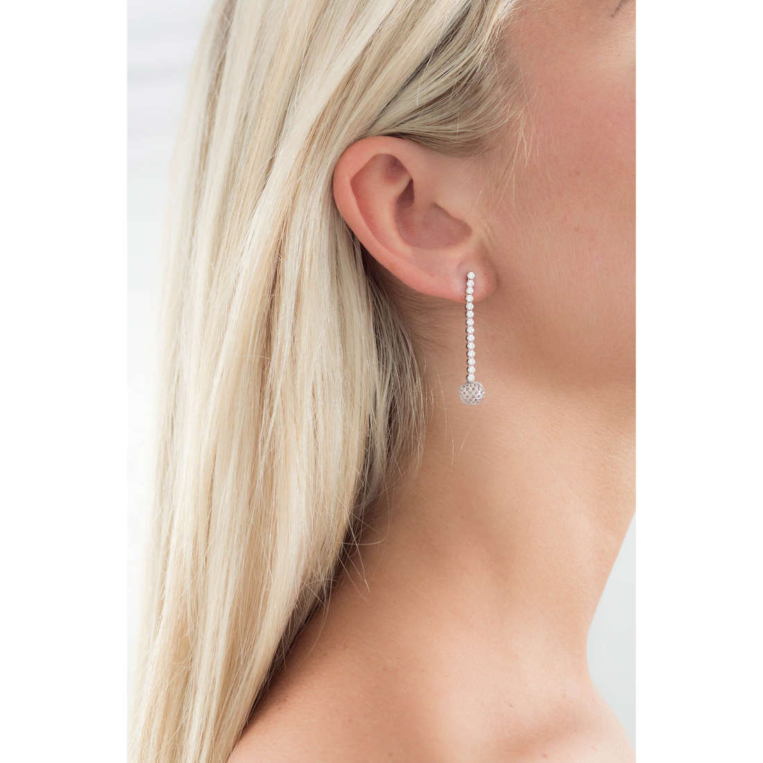GioiaPura orecchini donna GPSRSOR1207 indosso