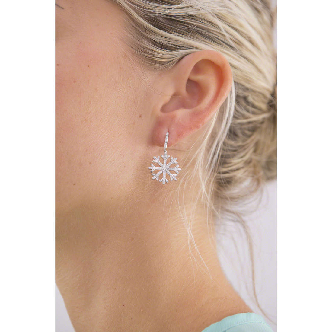 Morellato orecchini Pura donna SAHK07 indosso