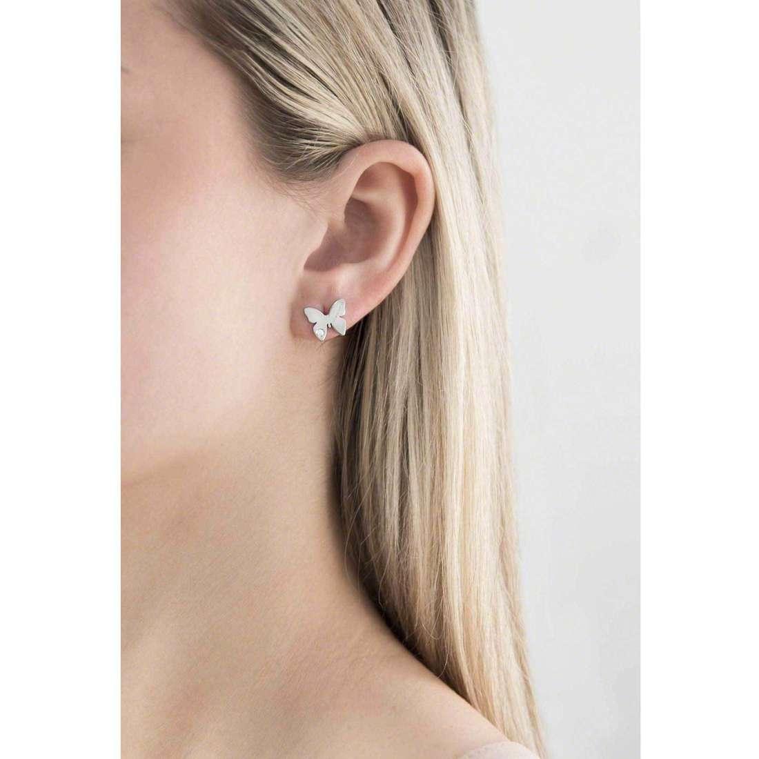 Nomination orecchini Butterfly donna 021308/001 indosso