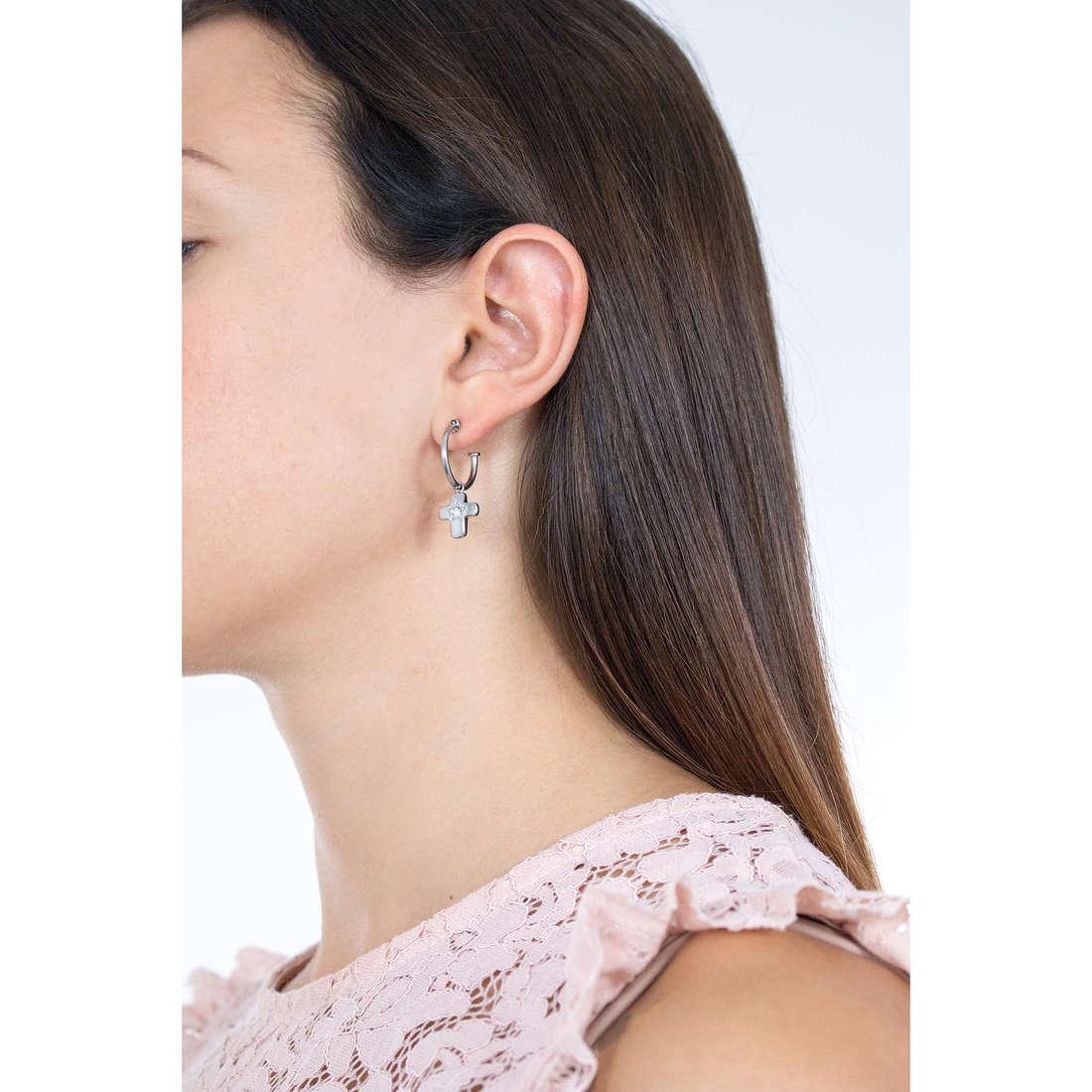 Sagapò orecchini Estrella donna SRE40 indosso