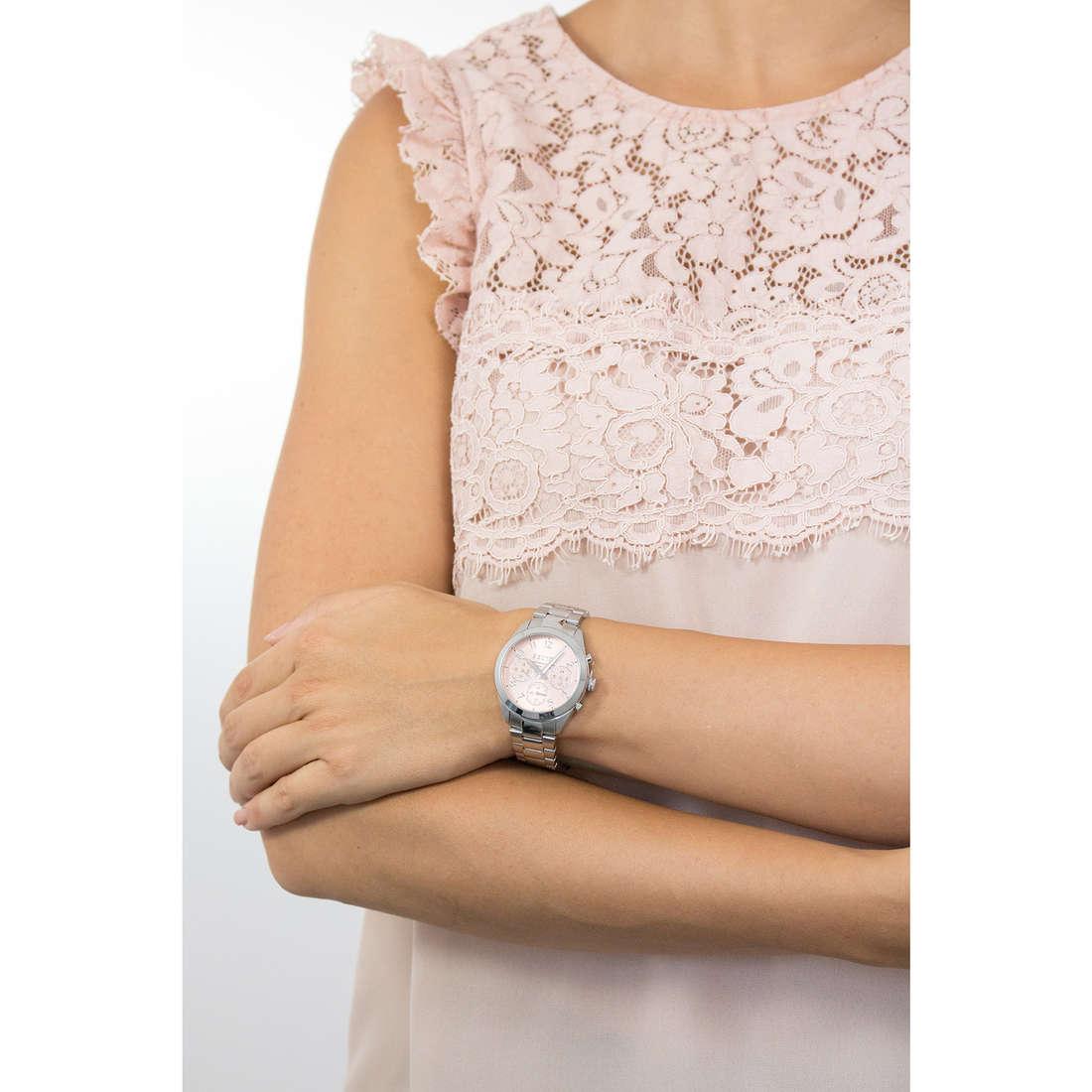 Sector cronografi 120 donna R3253588503 indosso