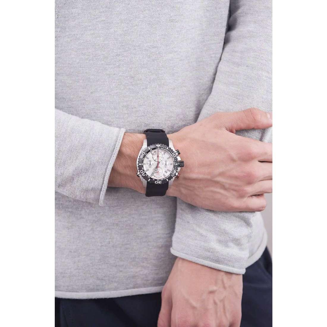 Bulova cronografi Champlain Chrono uomo 98B210 indosso