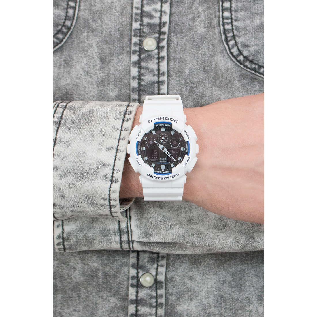 Casio digitali G-Shock uomo GA-100B-7AER indosso