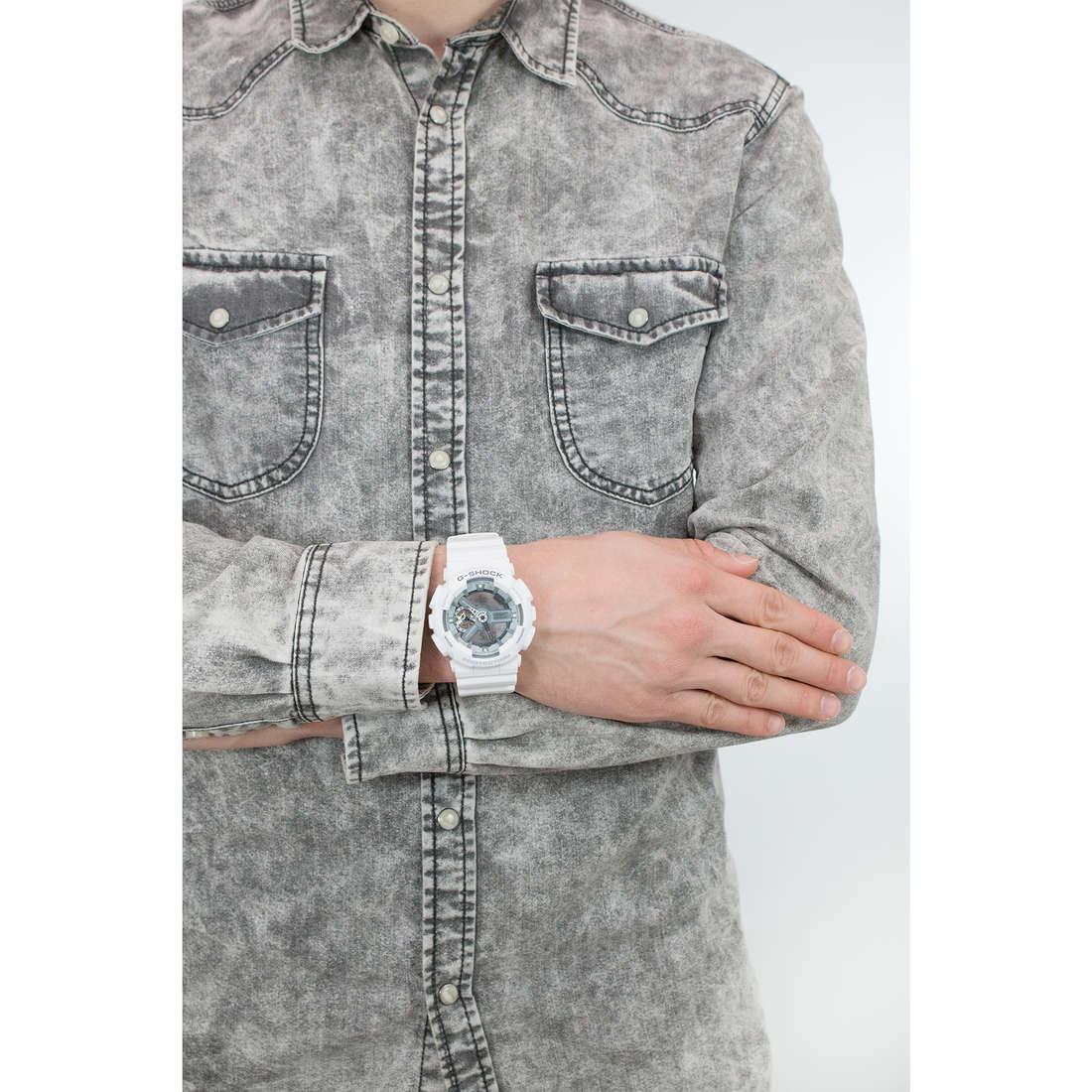 Casio digitali G-Shock uomo GA-110C-7AER indosso