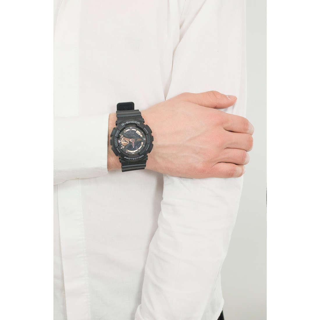 Casio digitali G-Shock uomo GA-110RG-1AER indosso