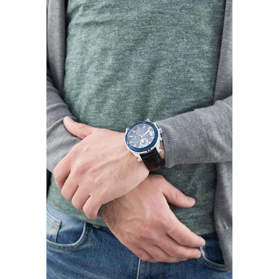 Guess cronografi Pinnacle uomo W0673G4 indosso