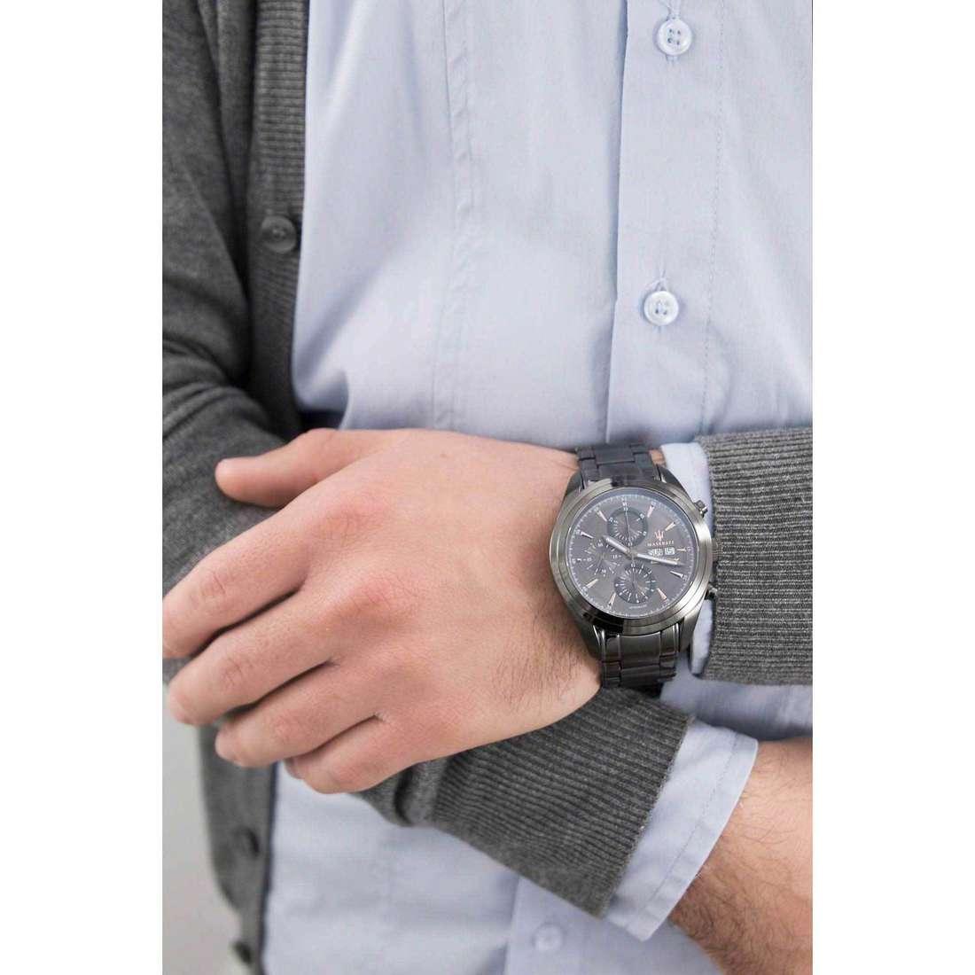 Maserati cronografi Traguardo uomo R8843612001 indosso