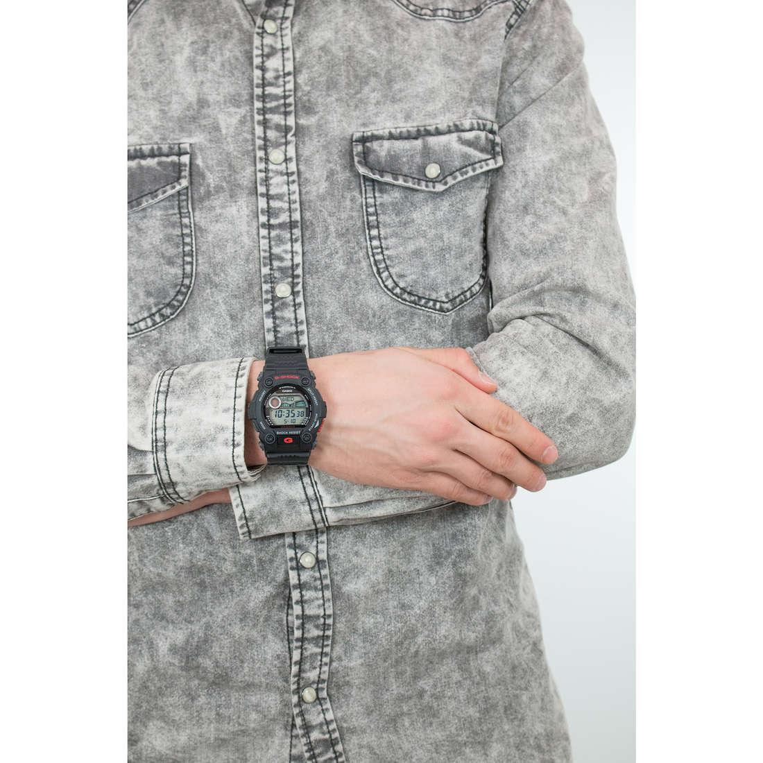 Casio digitali G-Shock uomo G-7900-1ER indosso
