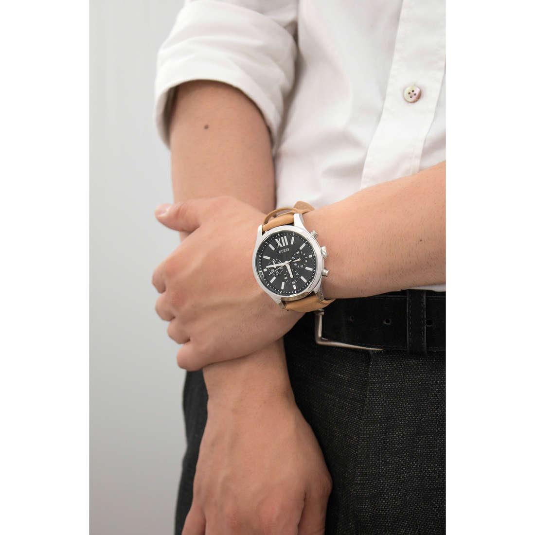 Guess cronografi uomo W0789G1 indosso