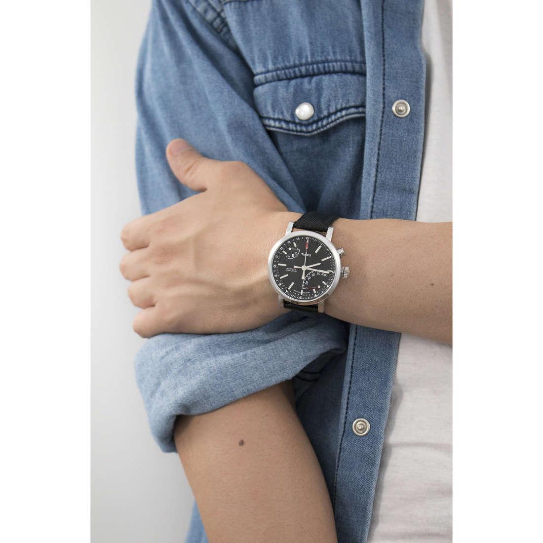 Timex multifunzione Iq Metropolitan uomo TW2P81700 indosso